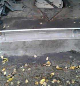 Усилитель заднего бампера BMW E 34