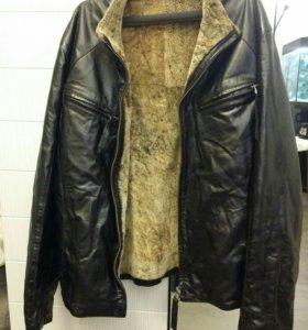 Зимняя куртка из натуральной кожи.