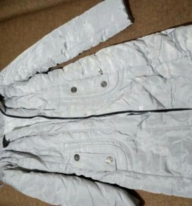 Куртка новая 42размер