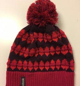 Новая шапка Reebok