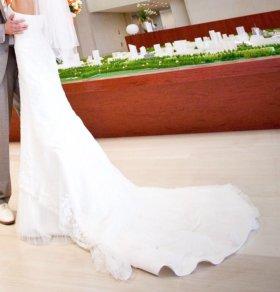 Свадебное платье со шлейфом США