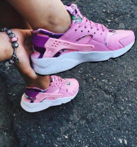 Кроссовки, Nike Huarache