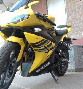 Yamaha YZFR250