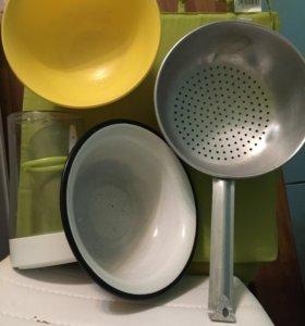 Посуда разная и приборы