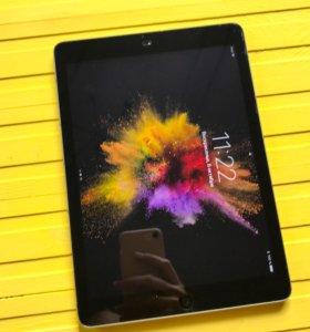 iPad Air 64 Gb + чехол Smart Cover