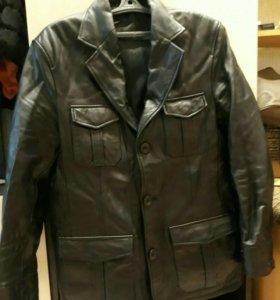 Продам пиджак кожаный