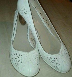 Туфли из натуральной кожи,40 размер