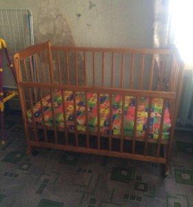 Кровать детский и матрац