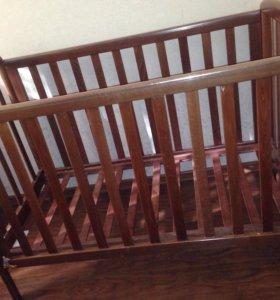 Б/у детская кроватка с бортиками
