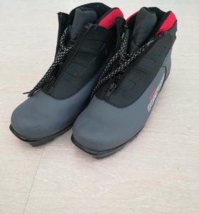 Лыжные ботинки Spine Comfort  43 размер