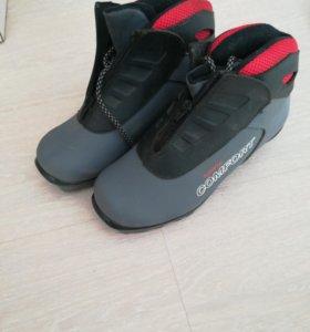 Лыжные ботинки  Spine Comfort