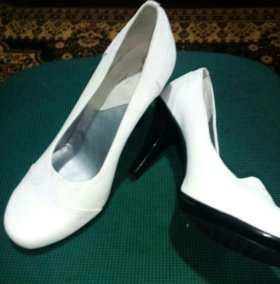 Туфли новые натурал.кожа.белые