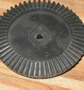 шестеренка на мясорубку ротор (метал внутри)