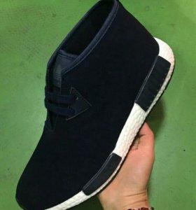 Новые мужские ботинки 43
