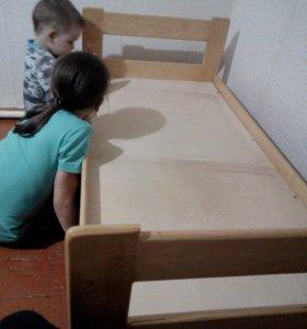 СРОЧНО Кровать детская +матрас
