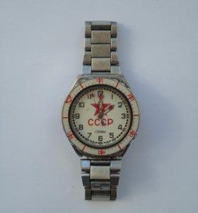 Часы с советской символикой. Винтаж