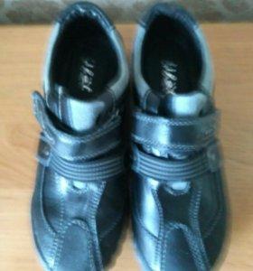 Ботинки Ulet  р.36 кожа