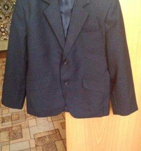 Пиджак школьный на мальчика 134