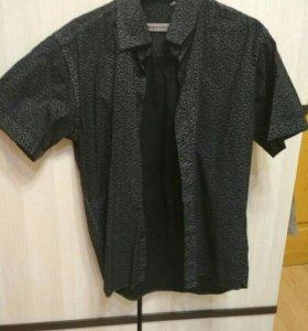 Продаю мужские рубашки с коротким руковом