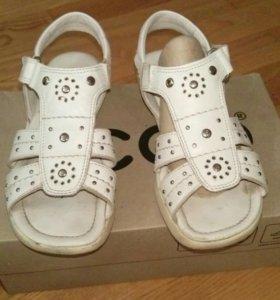 Туфли, босоножки детские  Экко