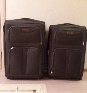 Большой дорожный чемодан