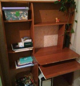 Стол-шкаф для компьютера