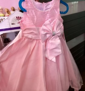Платье для девочки 104 р