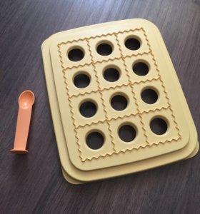 Форма Tupperware для равиоли