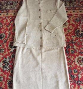 Трикотажный женский костюм, б/у.