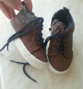 Деские ботинки, кожаные, zara обувь.