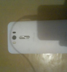 Телефон Асус Зентфон 2