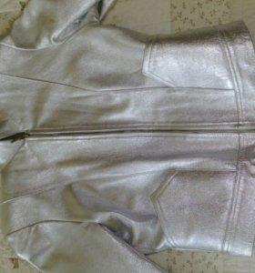 Курточка из кожы