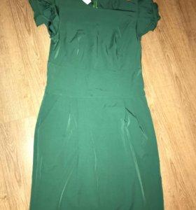 Новое платье зеленого цвета 46р
