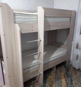 Продуется двухъярусная кровать