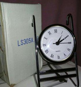 Часы новые на рейлинг