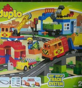 LEGO поезд 2в1