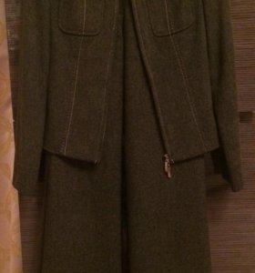 Брючный костюм р.42/44, цвет зелёный (бутылочный)