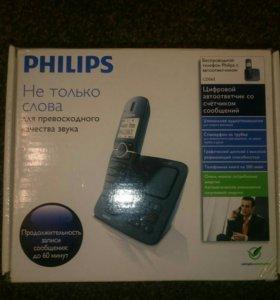 Беспроводной телефон Philips с автоответчикомCD565