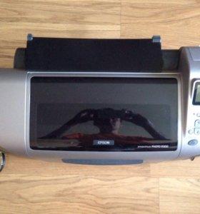 Струйный фотопринтер Epson Stylus Photo R300