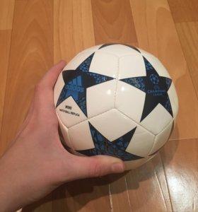 Мини футбольный мяч Adidas