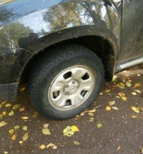 Продаю колеса r16 от Renault