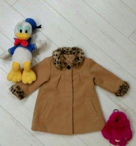 Пальто 1,5-2 года демисезонное