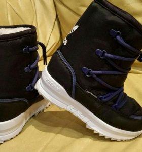 Новые детские зимние сапоги Adidas 28 и 30 р