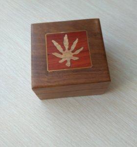 Шкатулка деревянная новая