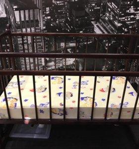 Детская кроватка с матрасом цена договорная