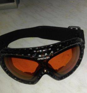 очки горнолыжные фирменные BRENDA
