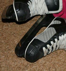 Коньки подростковые, хоккейные