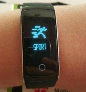 Смарт часы(фитнес-трекер)