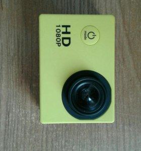 Продам на запчасти экшен камеру sj4000