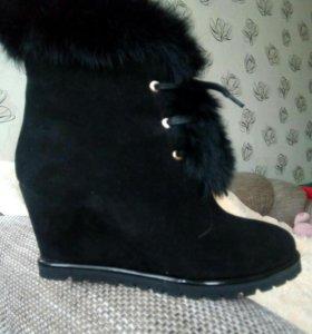 Новые ботинки женские,зимние